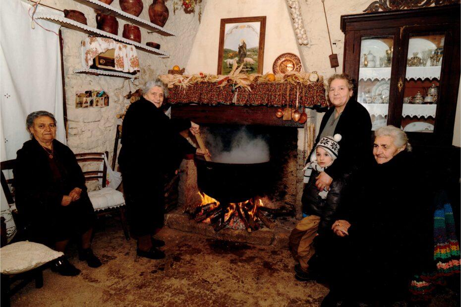 Festa di SantAntonio Abate a Collelongo Cuttora 4