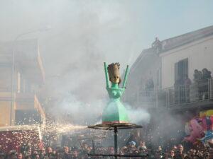 Festa di Sant'Antonio Abate a Macerata Campania - Fuochi pirotecnici - La signora di fuoco