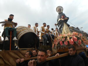 Festa di Sant'Antonio Abate a Macerata Campania - La processione in onore del Santo