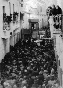 Carro di Sant'Antuono a metà del XX secolo, Macerata Campania, anni '50 del XX secolo
