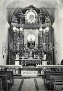 Altare chiesa a Pedara