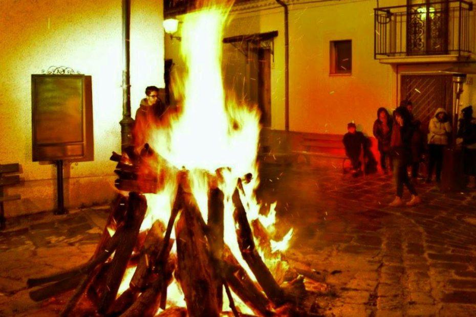 Festa di SantAntonio Abate a Calvello Falo